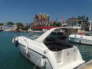 Аренда яхты Maxum 3000 Бали в Сочи