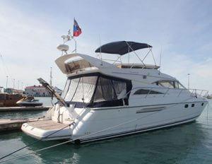 Аренда яхты Princess 56 в Сочи