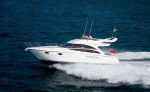 Яхта Princess 420 в Сочи