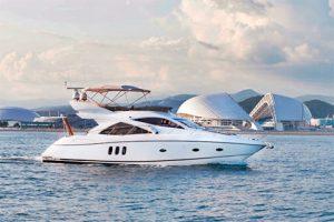 Аренда моторной яхты Sunseeker 50 в Сочи