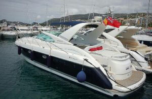 Яхта Fairline Targe 43 в Сочи