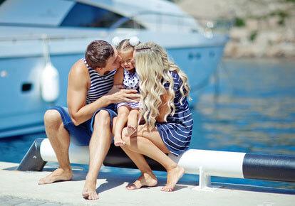 Праздник семьи на яхте в Сочи