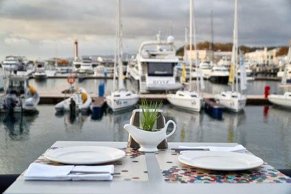Романтический ужин на яхте в Сочи для двоих