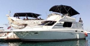 Яхта Silverton 32 в Сочи