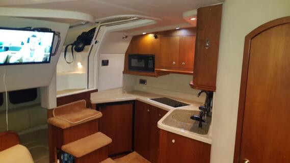 Cruisers 36 Express