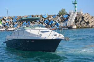 Яхта Crownline 235 в Адлере